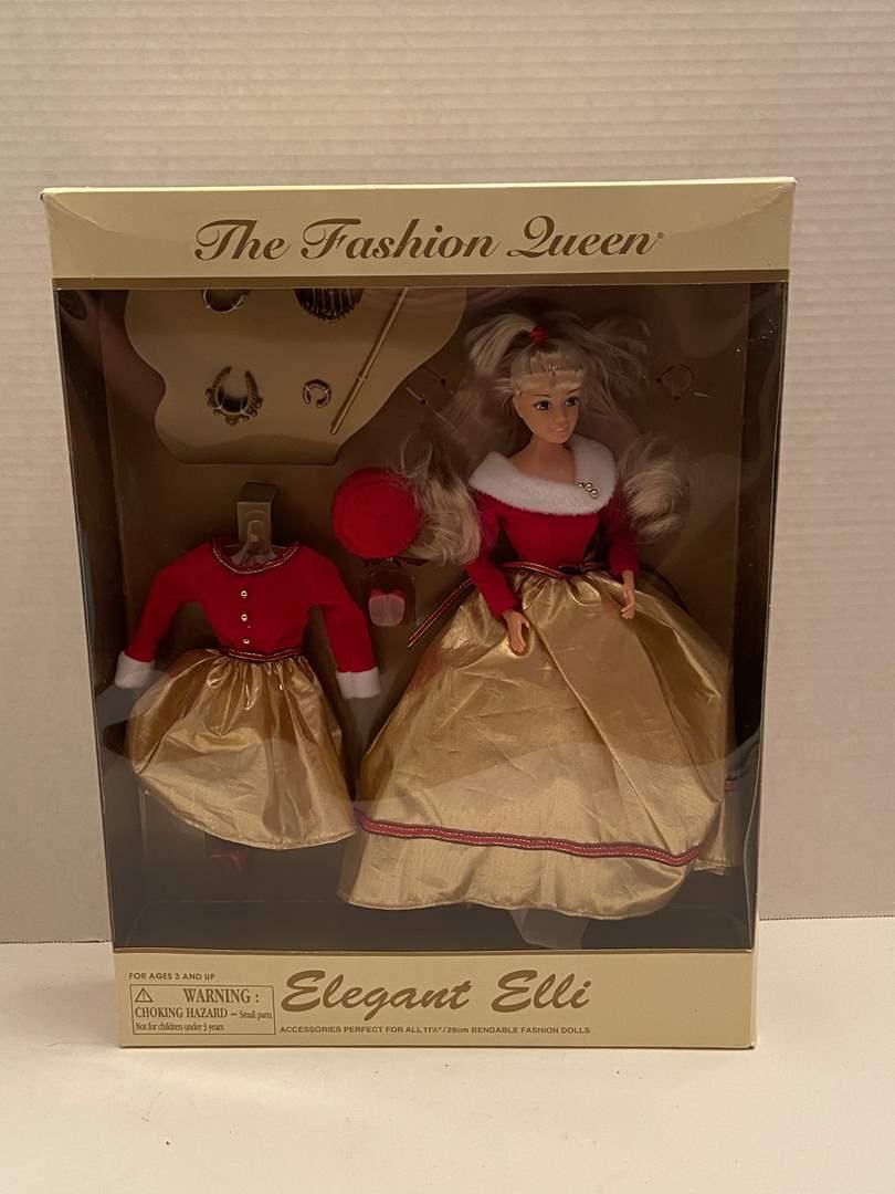 Lot # 439 The Fashion Queen Elegant Elli NRFB