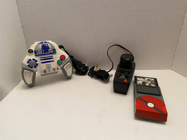 Lot # 495 Handheld Games (Pokémon, Atari & Star Wars