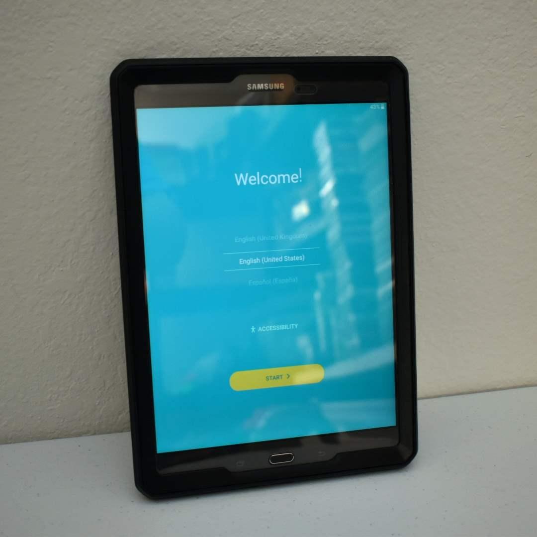 Samsung Galaxy Tab A 10.1 with Case