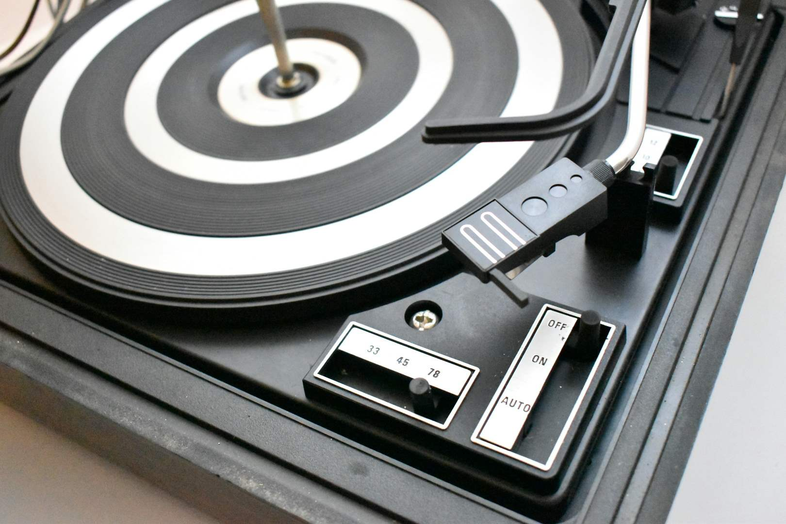 BSR McDonald Professional Turntable/ Record Player with Lid