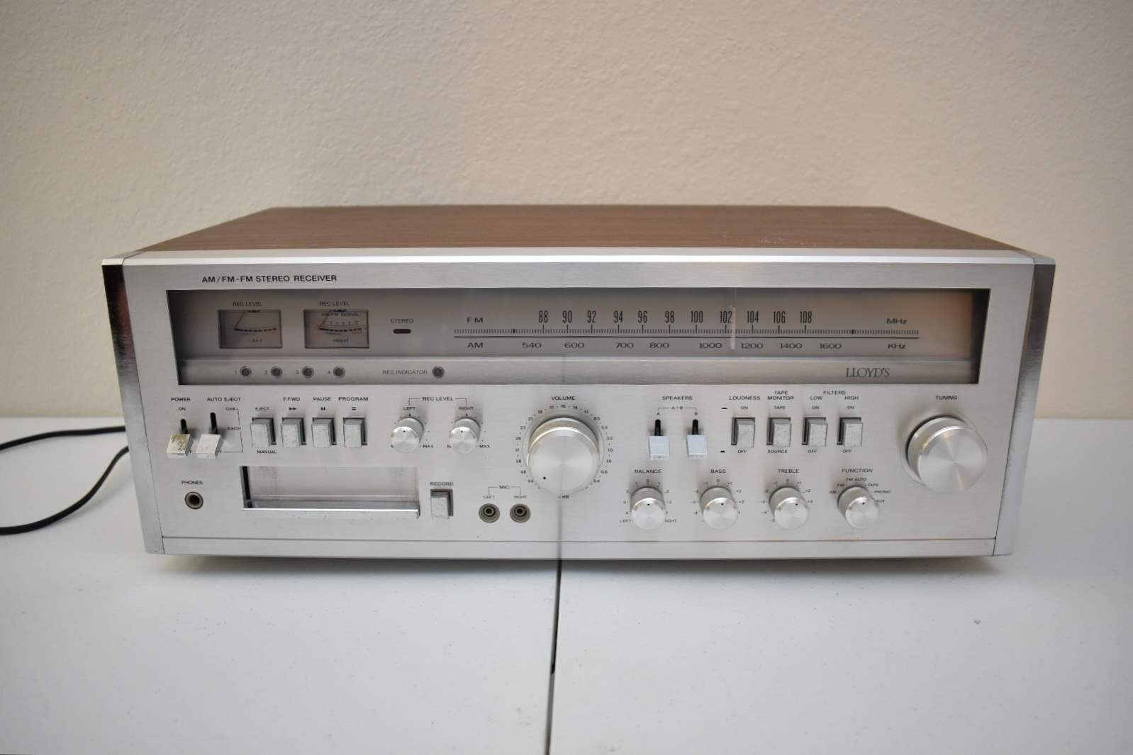 Lloyd's 8-Track Player/ Stereo Reciever