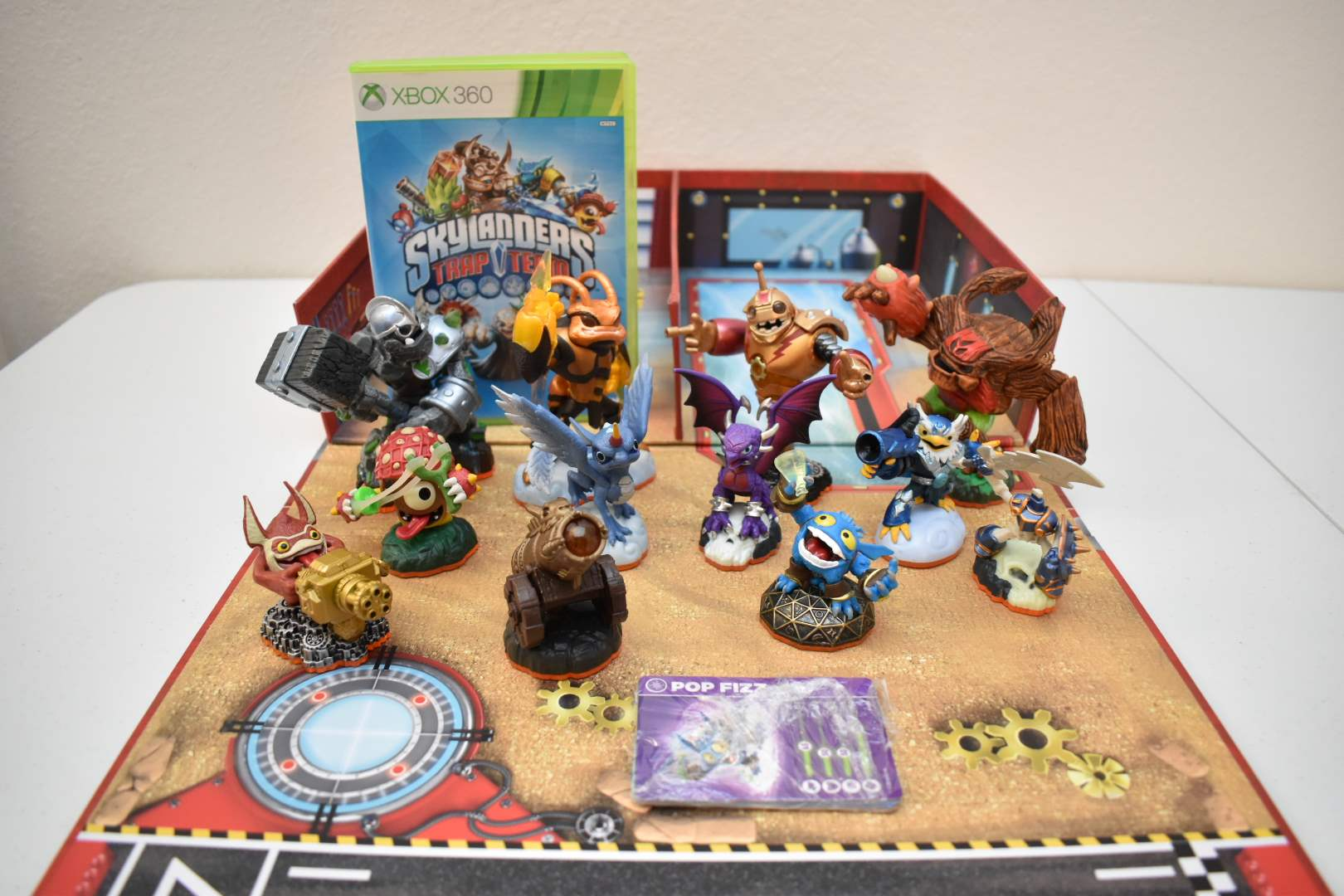Skylanders Superchargers Set with Xbox 360 Game