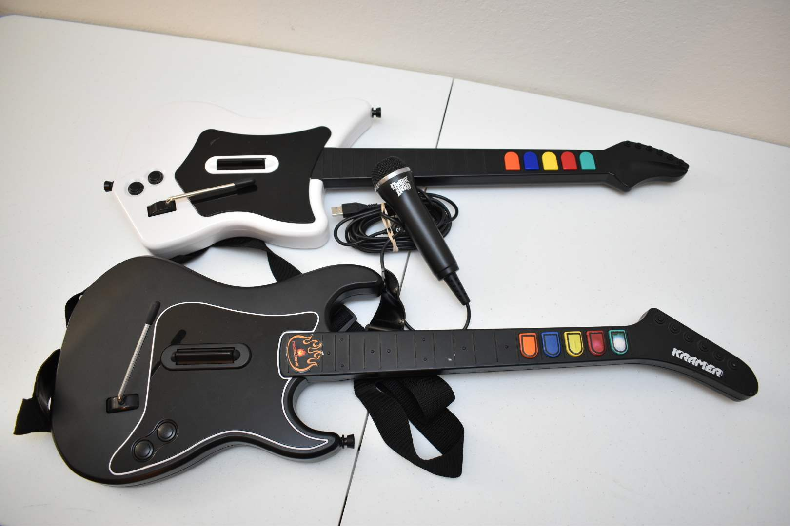 (2) Guitar Hero Guitars and USB Microphone