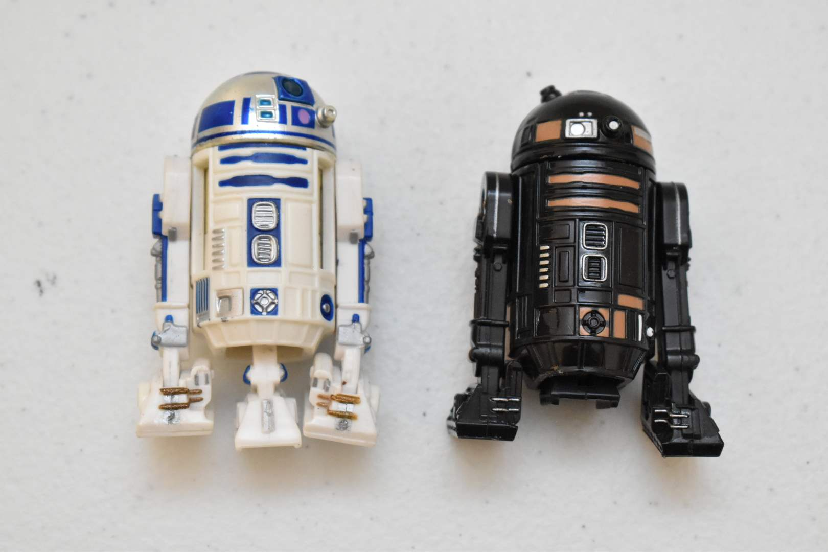 Vintage STAR WARS R2-D2 and R2-Q5