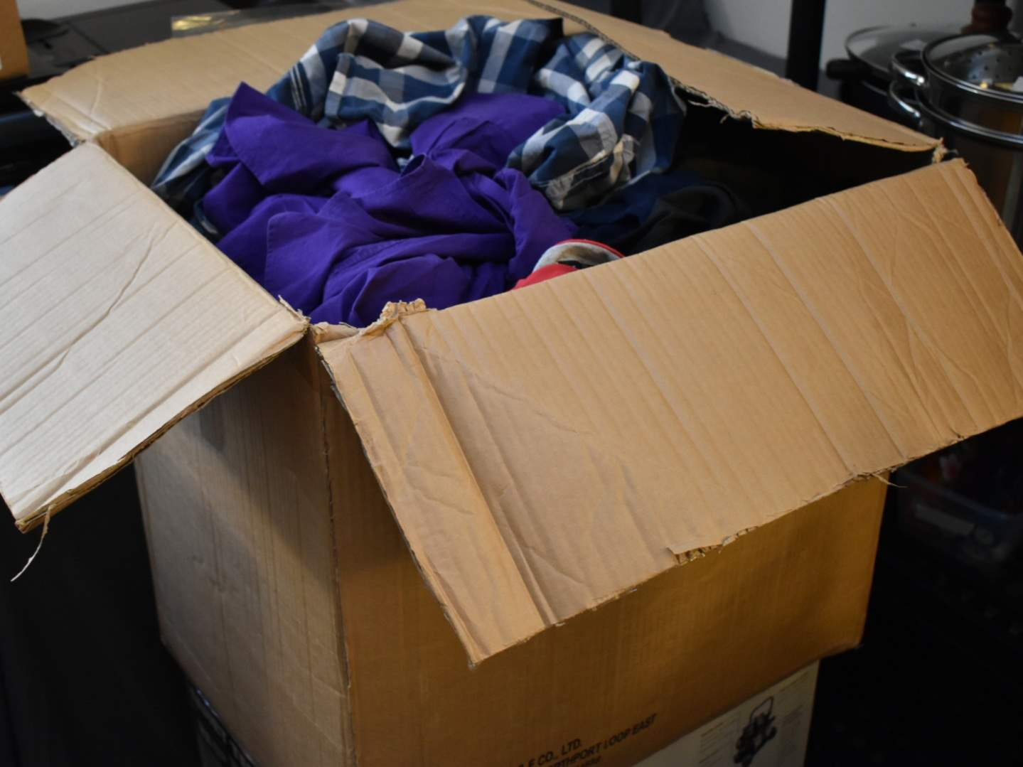 *HUGE* Box of Men's Clothes (some with tags) with Under Armor, Express, Arizona, Aeropostale, etc (Various Sizes)