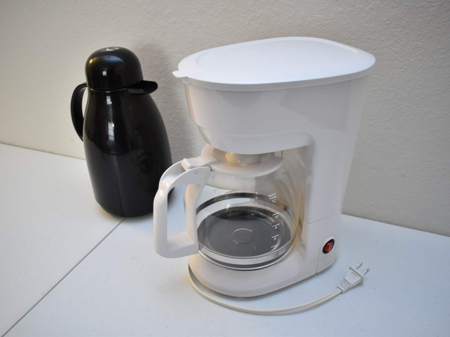 Coffee Maker and Coffee Pot