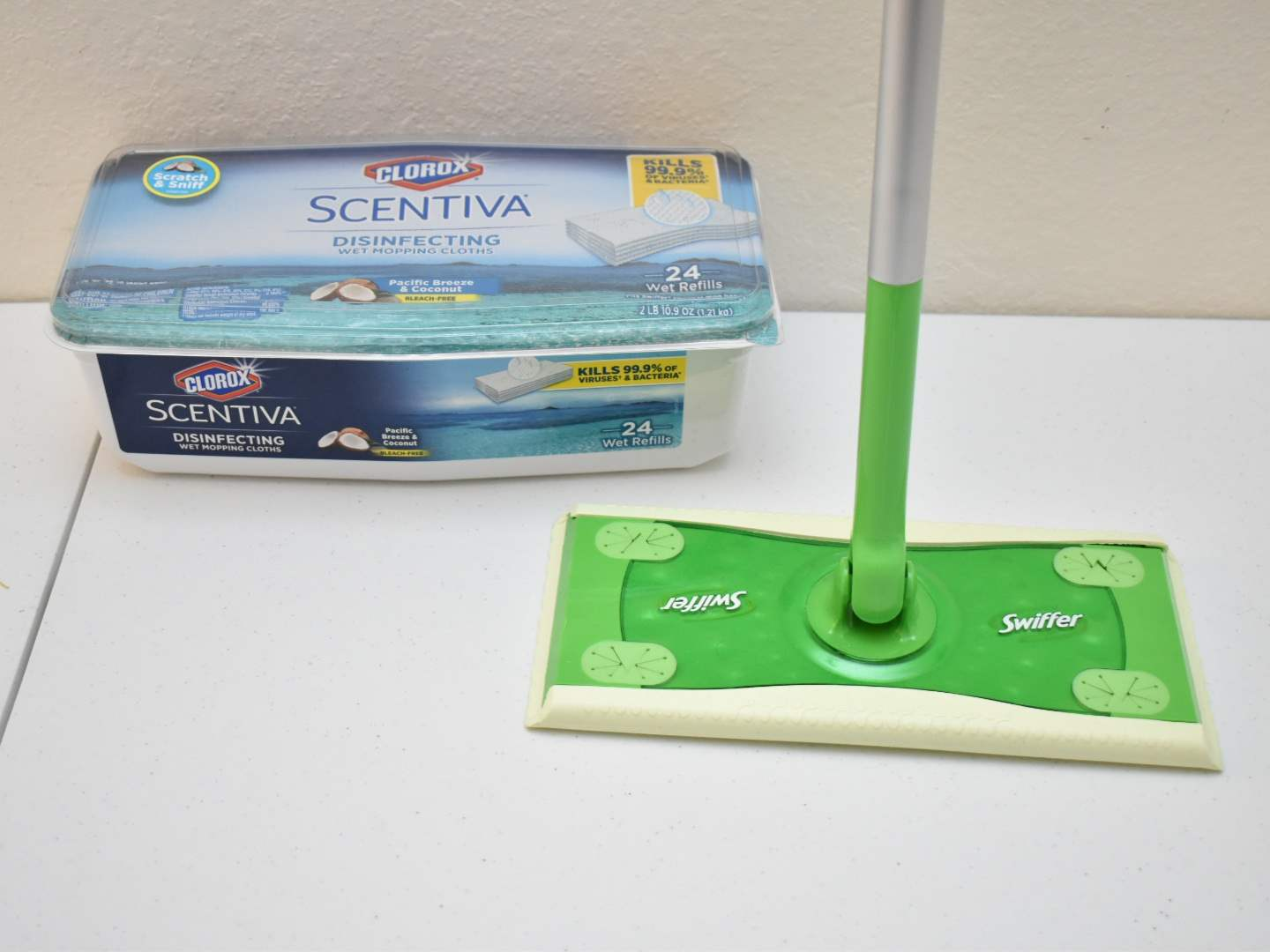 Swiffer with NEW Pack of Clorox Mopping Cloths