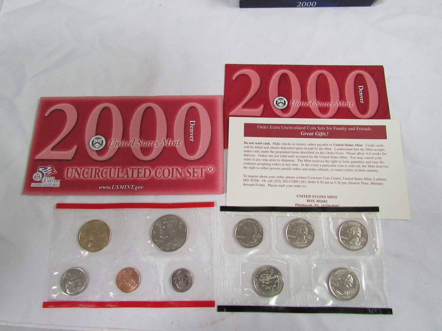 Lot # 155  2000 Uncirculated Double Coin set to include state quarters (main image)