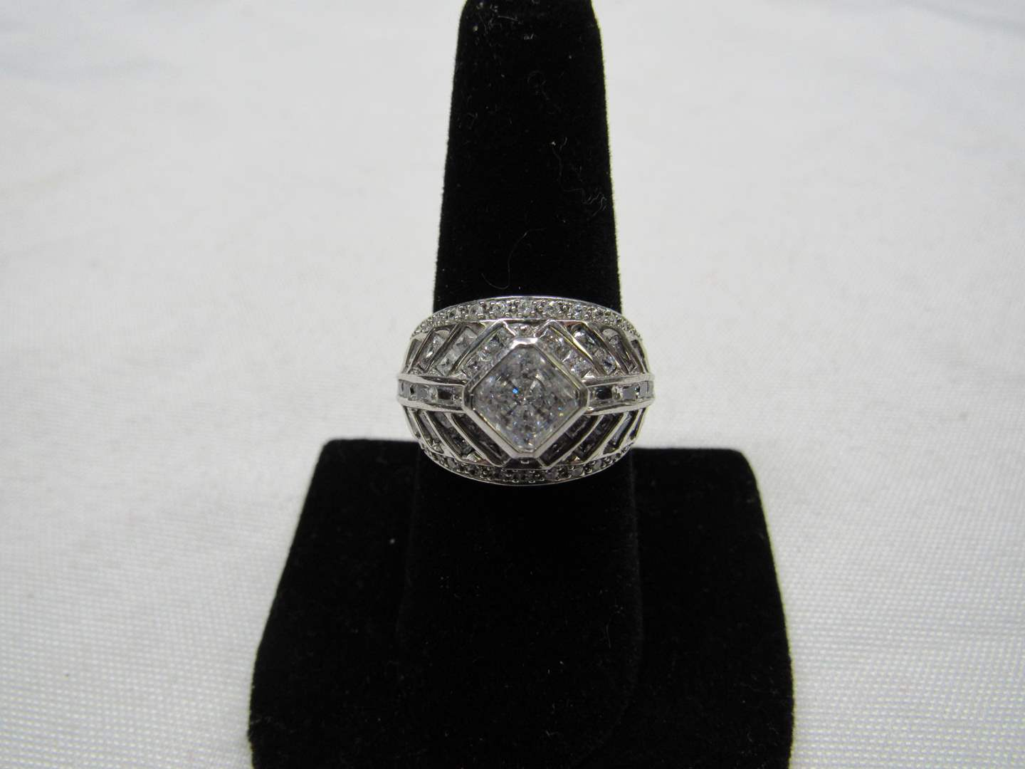 Lot # 195  Great sterling silver & CZ's size 8 ring (main image)