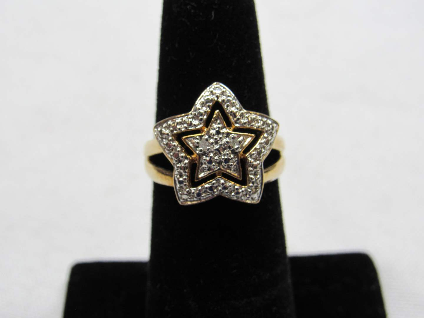 Lot # 197 Gold over sterling silver star ring size 5 (main image)
