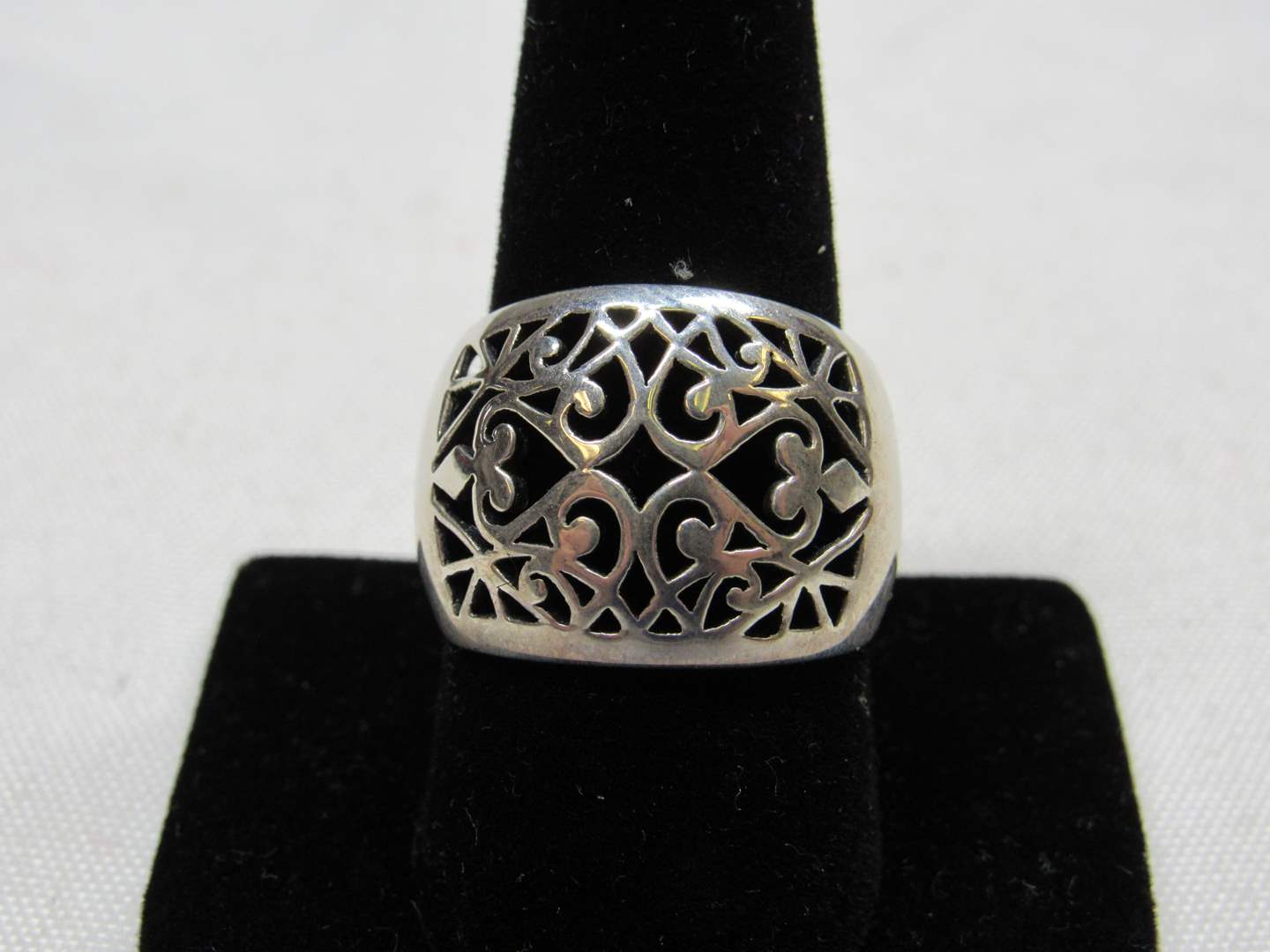 Lot # 222  Sterling Silver reticulated ring size 10 (main image)