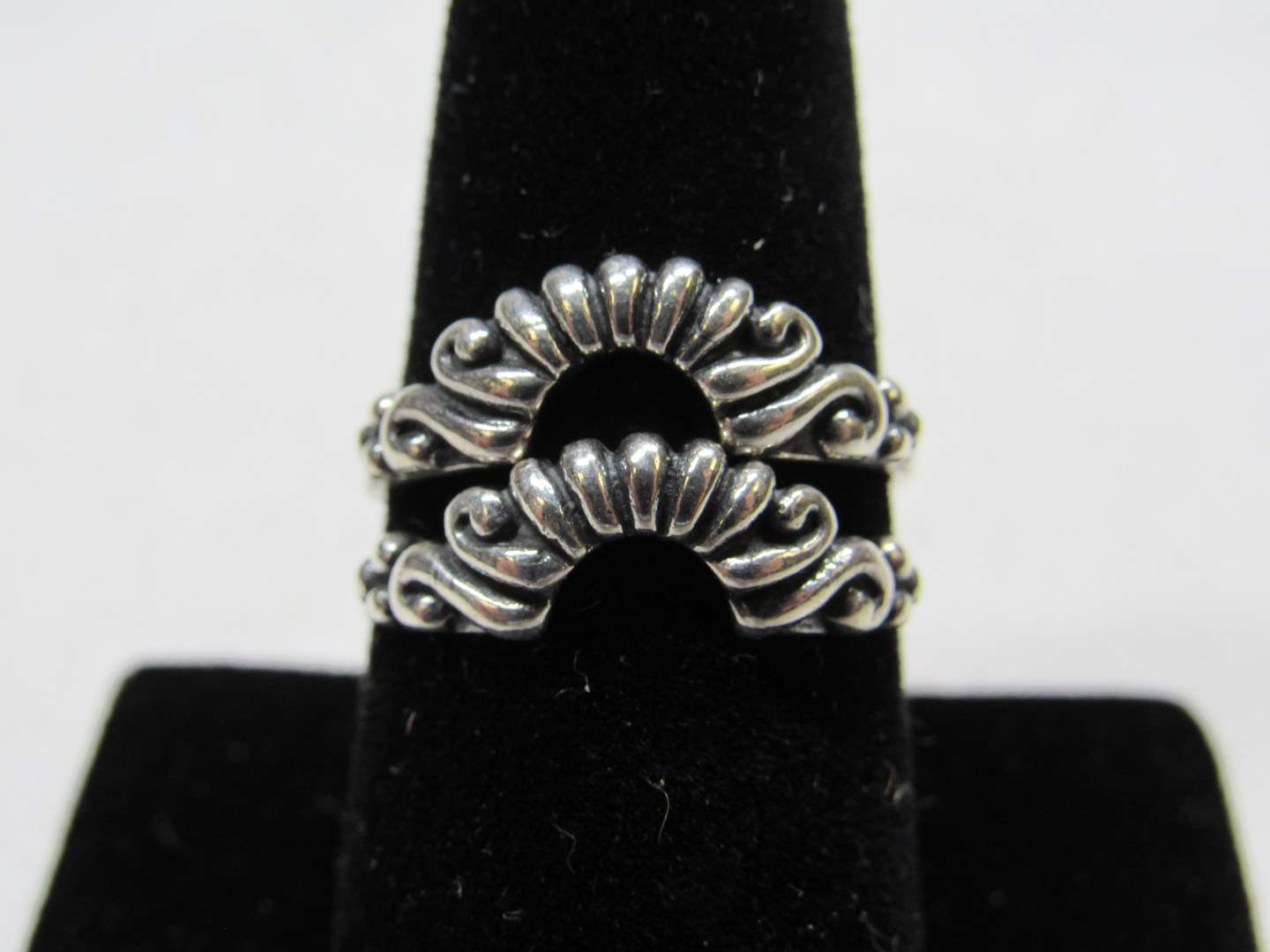 Lot # 231  2 sterling silver interlocking rings size 6 (main image)