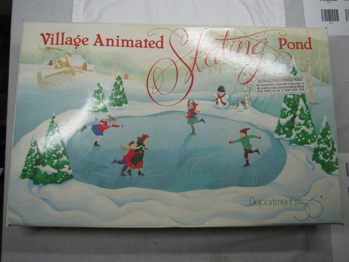 Lot # 33  Village Animated Skating Pond (works perfectly) (main image)