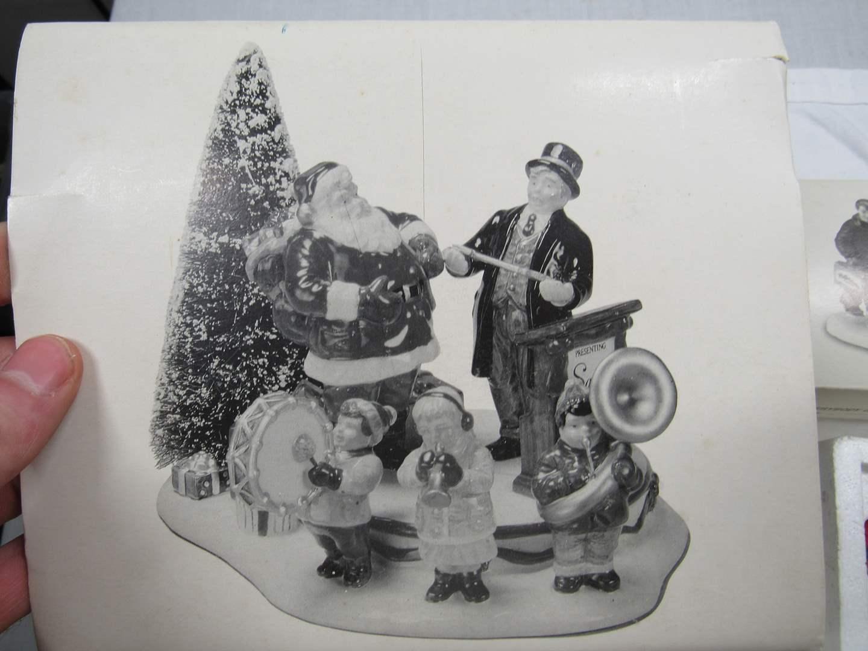 "Lot # 76  Dept 56 Snow Village ""Santa Comes to Town 1997"" (main image)"
