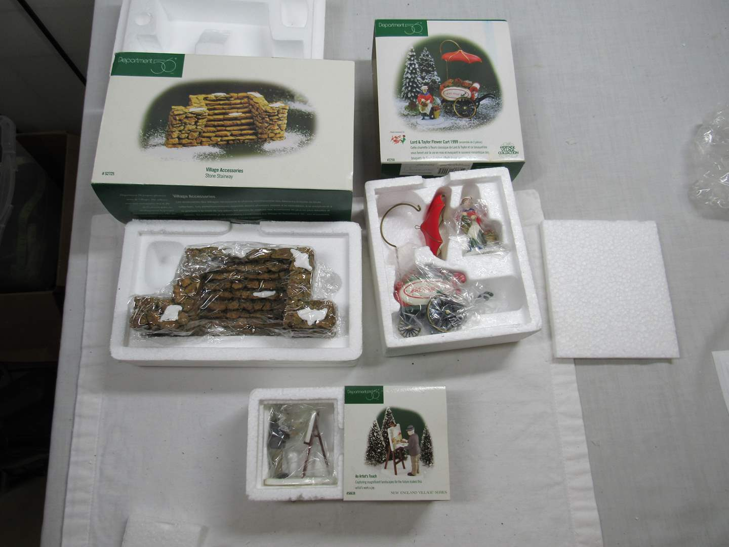 Lot # 282  Dept 56 lot of accessories (main image)