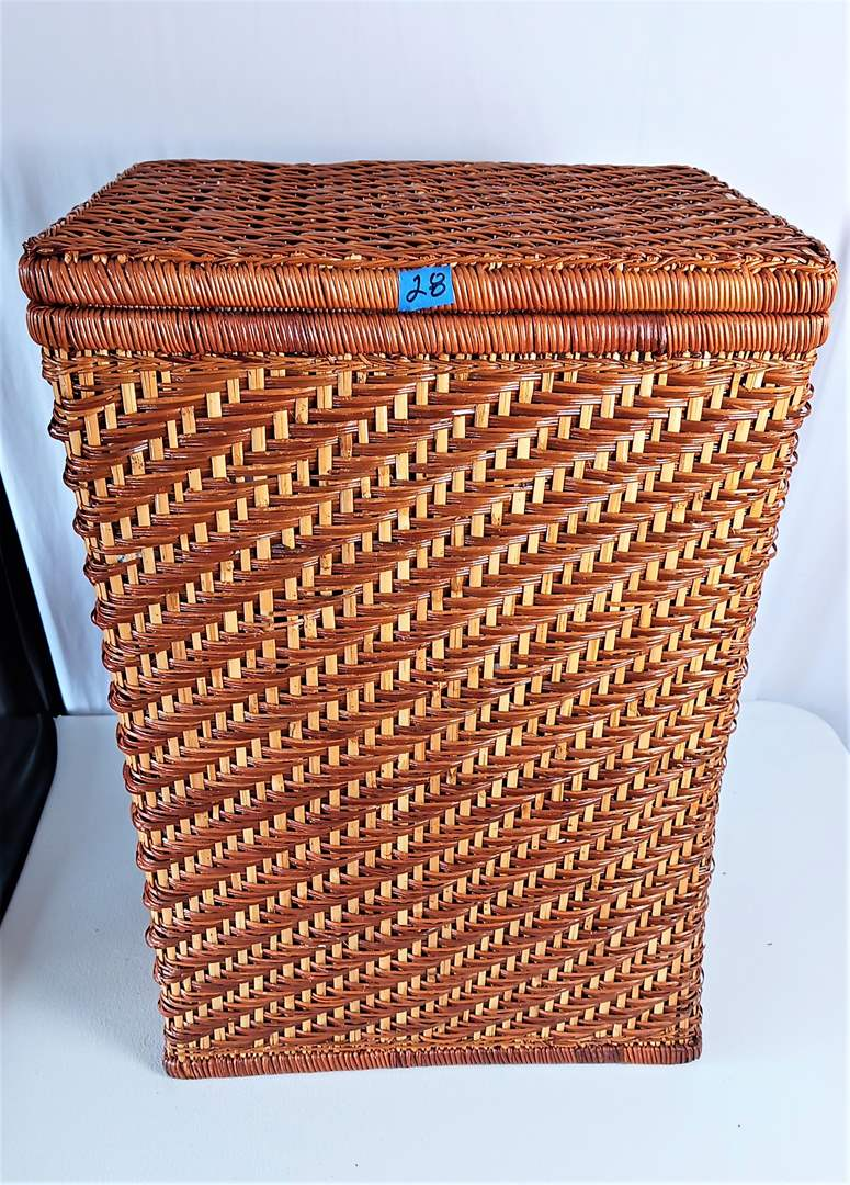 "Lot # 28  Wicker Storage Bin 18"" x 15"" x 25"" tall with Lid and handles. Empty Inside"