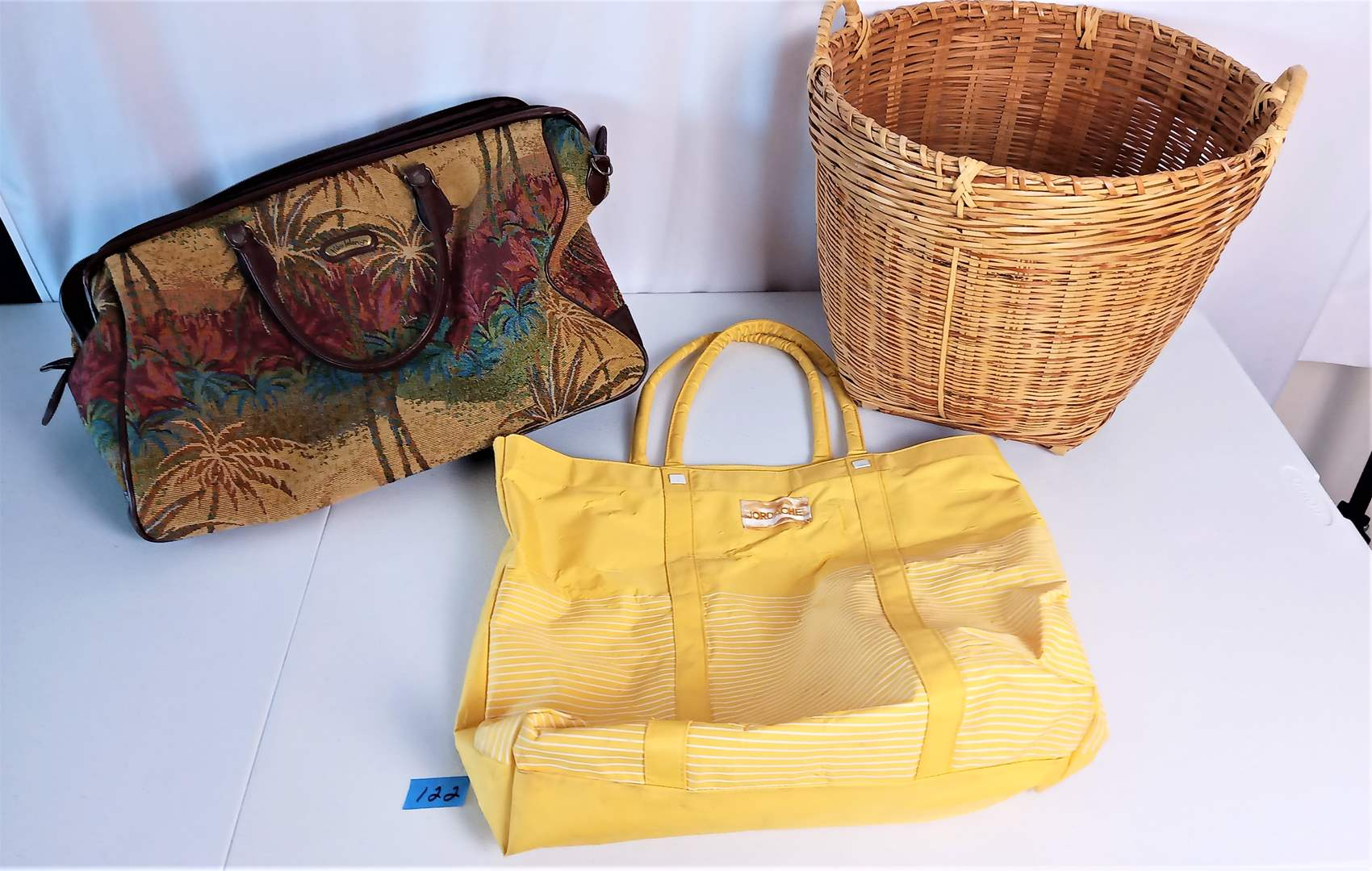 Lot # 122 Palm Island Facric Shoulder Bag, Jordche Bag, Wicker Basket with handles