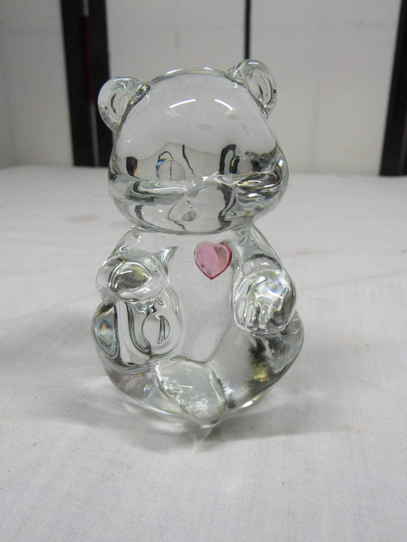 "Lot # 42  Clear 3"" 1/2"" tall Fenton bear with pink heart (main image)"