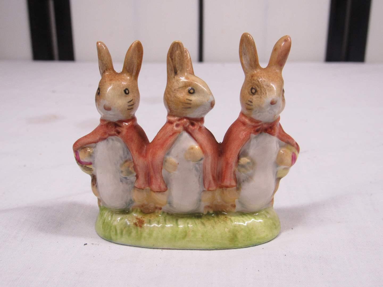 "Lot # 44  Royal Albert Flopsy Mopsy & Cottontail rabbit figure 2 1/2"" tall X 3"" long (main image)"