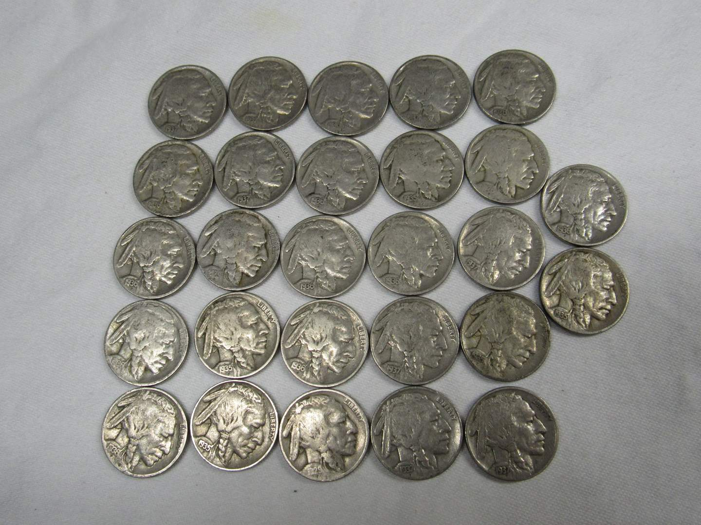 Lot # 134  Great LARGE lot of Buffalo Nickels (various dates & conditions) (main image)