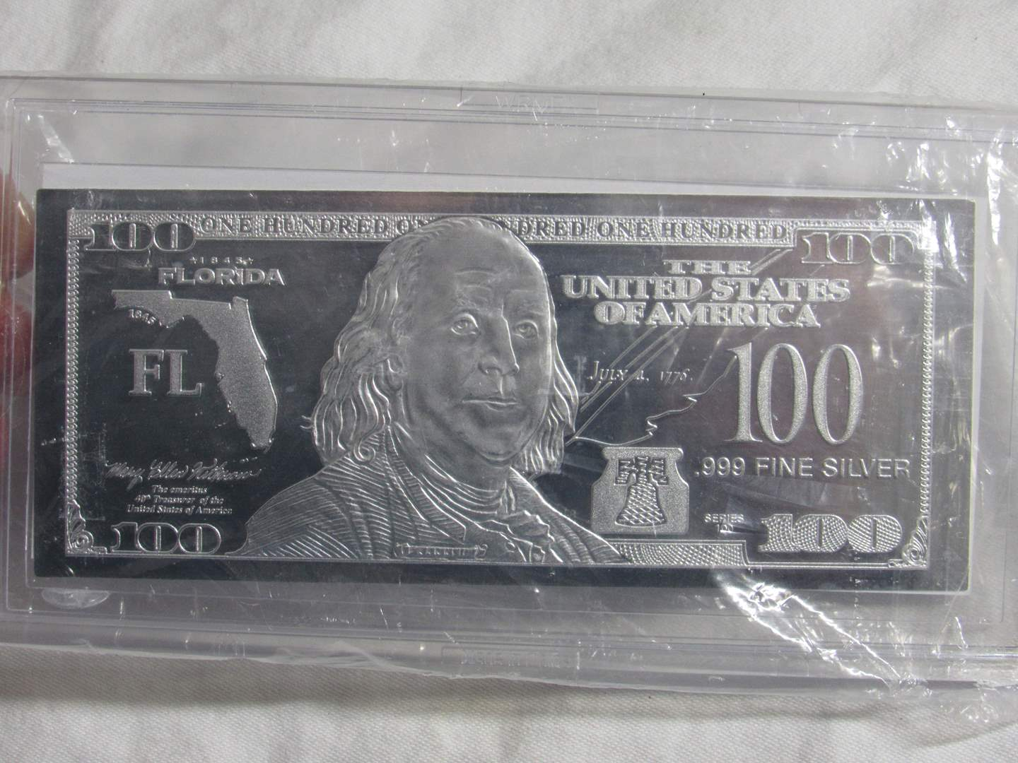 Lot # 148  One ounce Franklin 2017 Silver note .999 silver (limited) (main image)