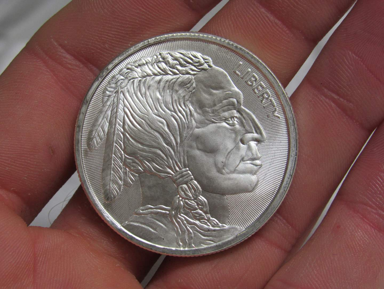 Lot # 183  BRILLIANT Indian Head & Buffalo .999 silver troy ounce round (main image)