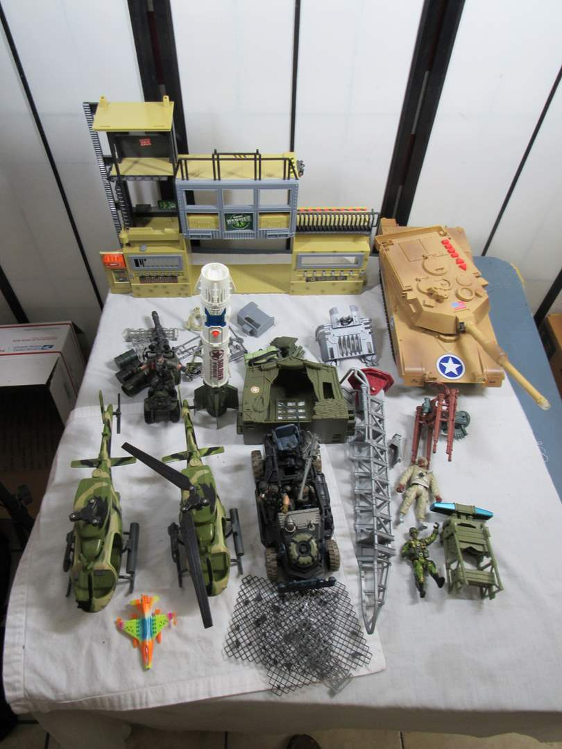 Lot # 249  Large collection vintage army toys (look closely at pics there is a LOT) (main image)