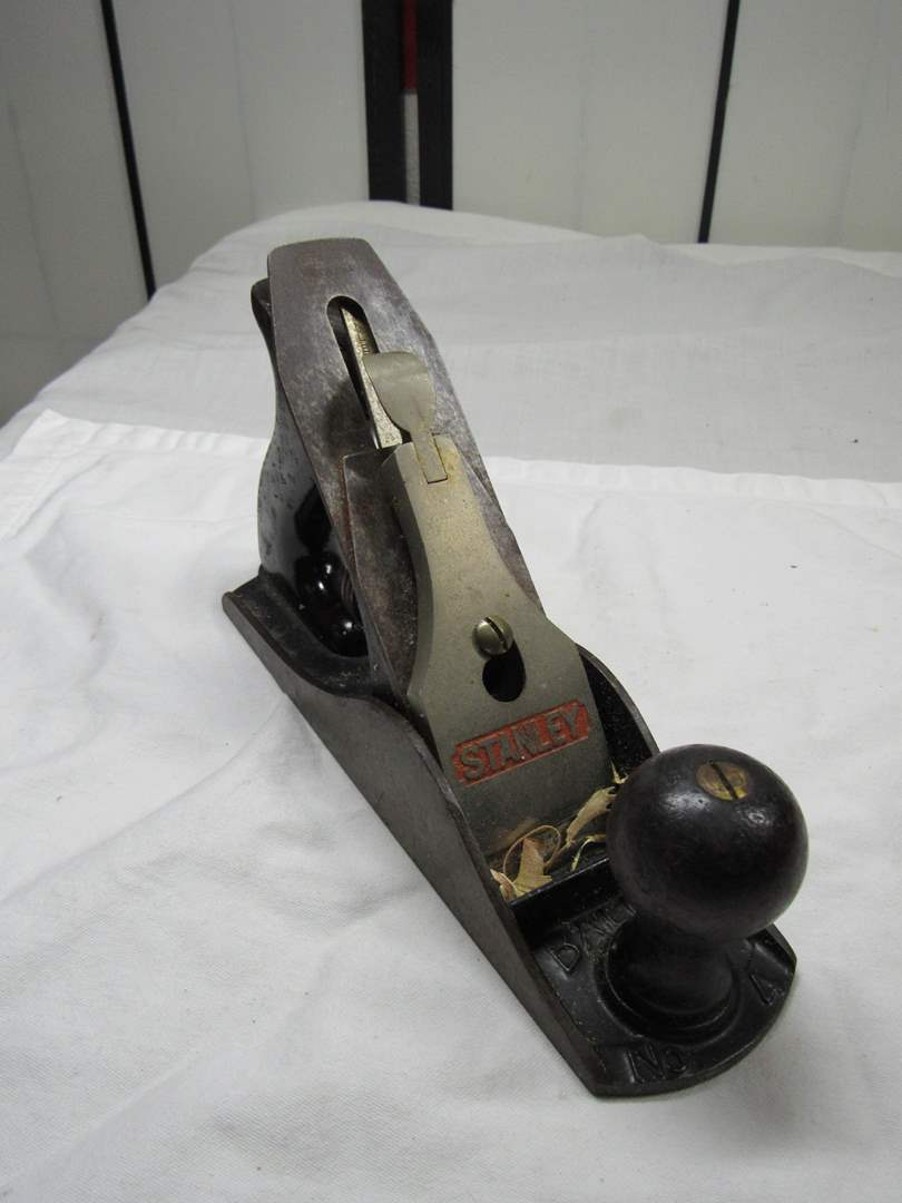 Lot # 256  Vintage Stanley #4 plane Made in USA (main image)