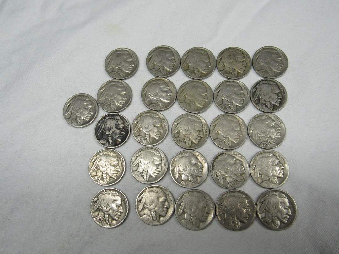 Lot # 136  Great LARGE lot of Buffalo Nickels (various dates & conditions) (main image)