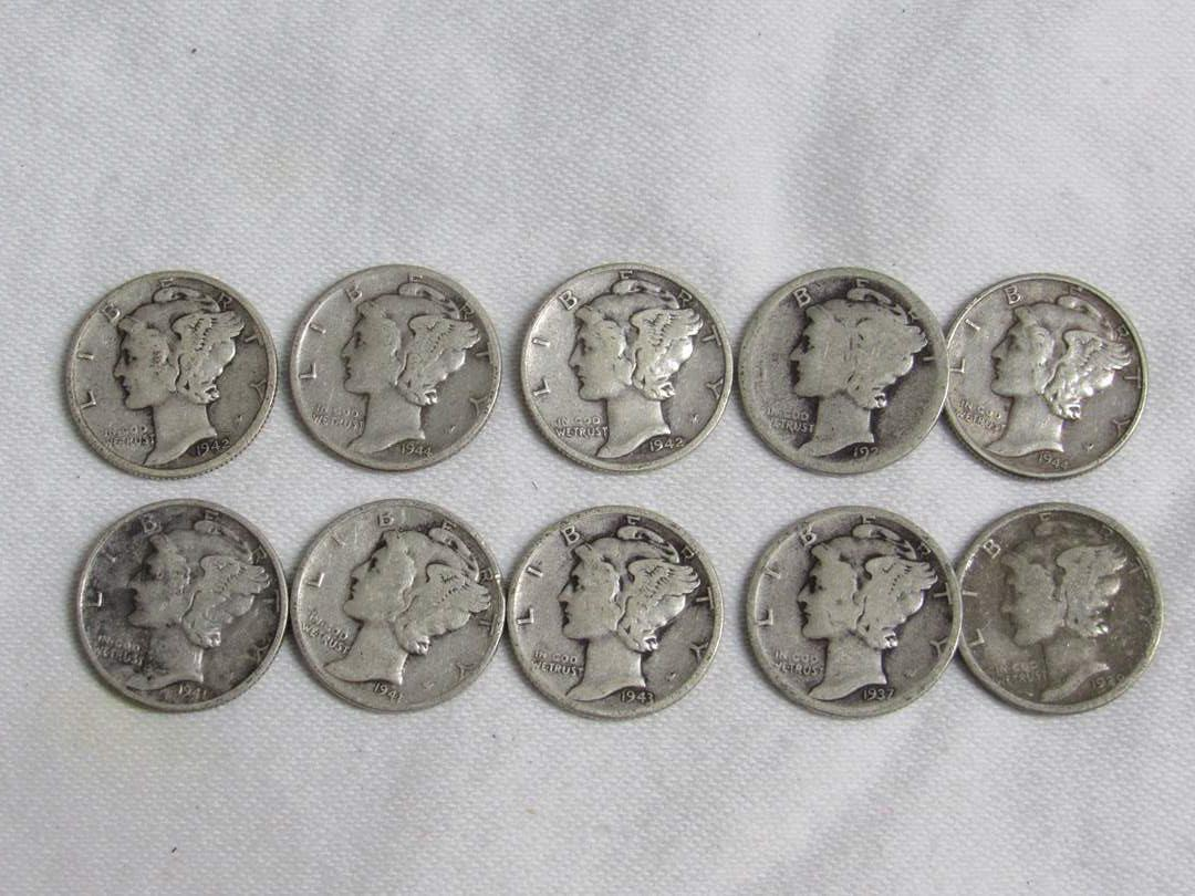 Lot # 172  Great lot of Mercury 90% silver dimes various dates & conditions (main image)