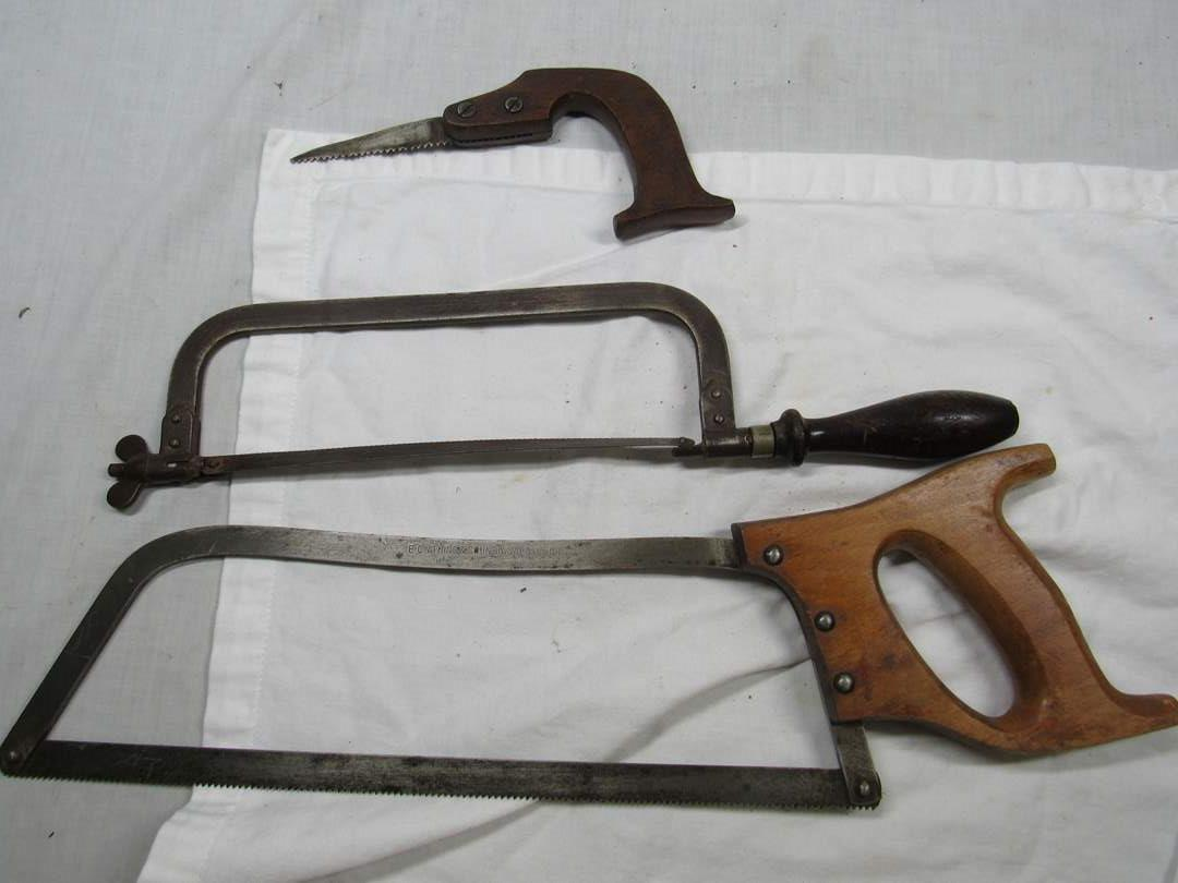 Lot # 286  Collection vintage saws (main image)