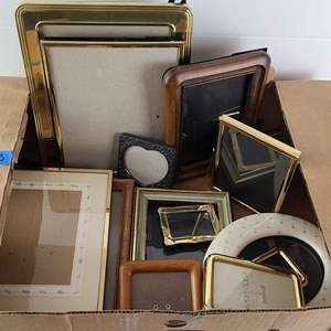 Auction Thumbnail for: Lot # 173 Large Lot of Various Picture Frames