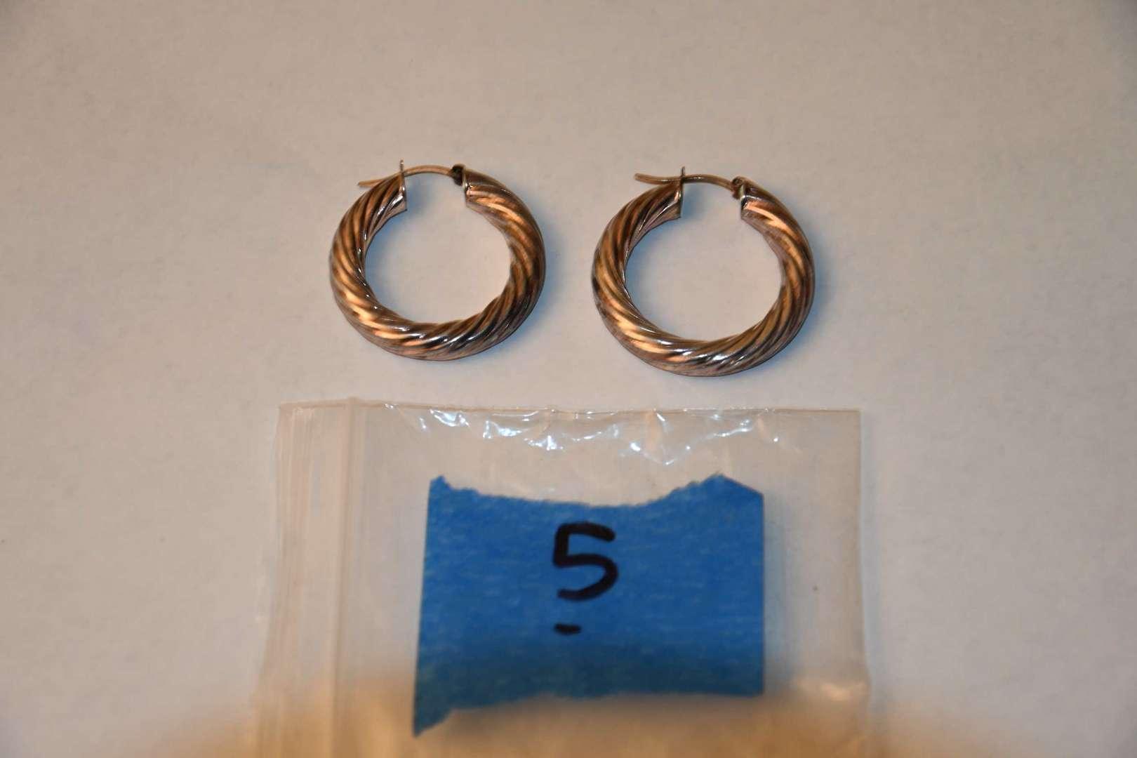 Lot # 5 Sterling silver hoop earrings 11.9g