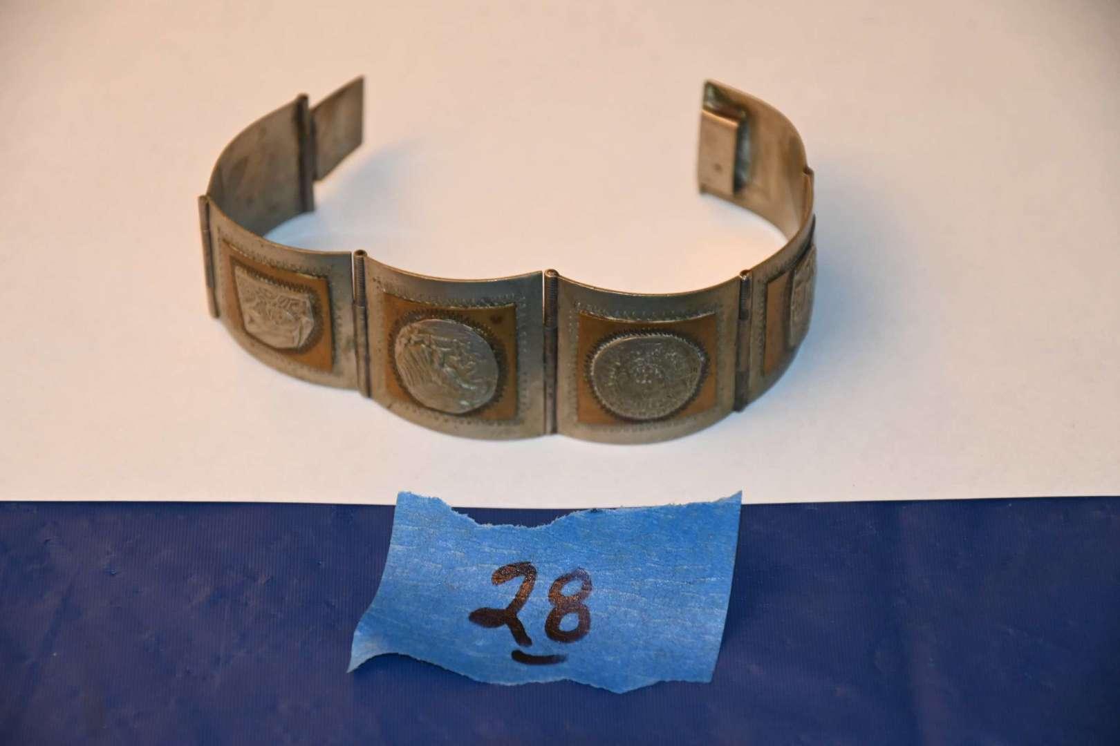 Lot # 28 Sterling silver 925 TAXCO Mexico bracelet 41.4g