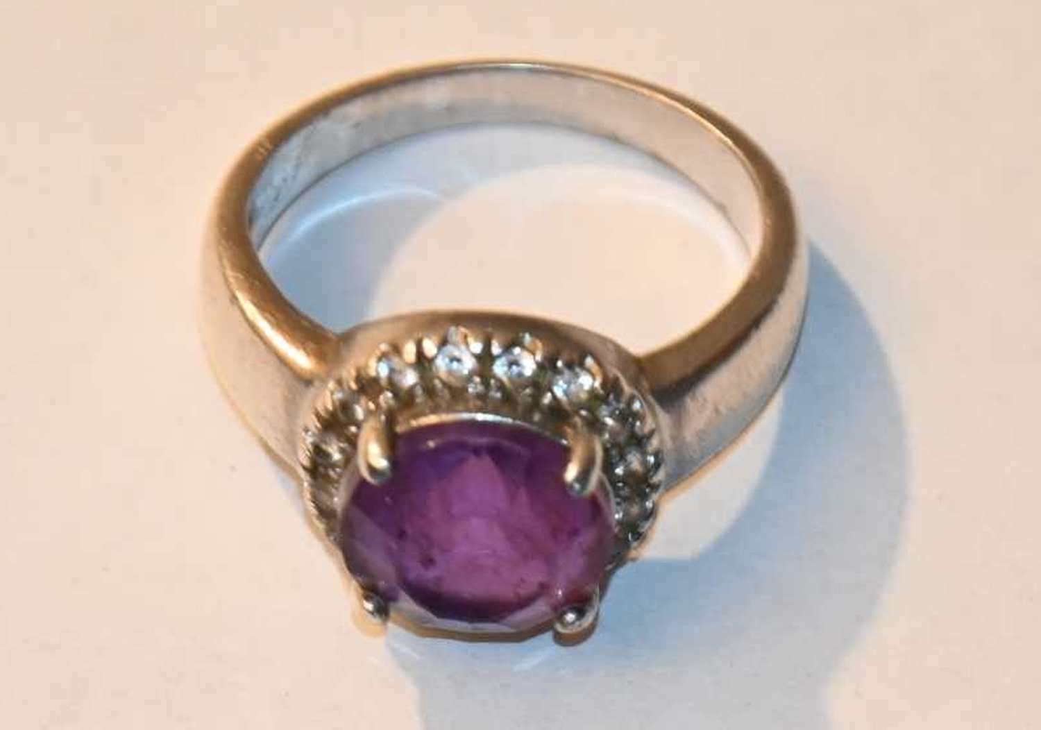 Lot # 29 Sterling silver Amethyst Thailand ring size 8 5.2g