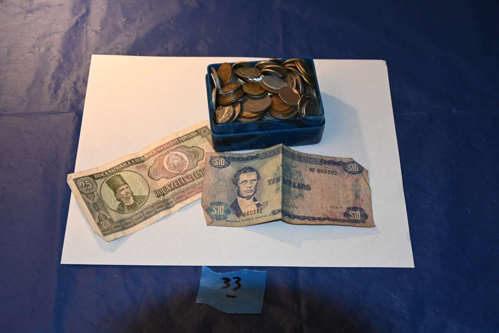 Lot # 33 Foreign currency lot