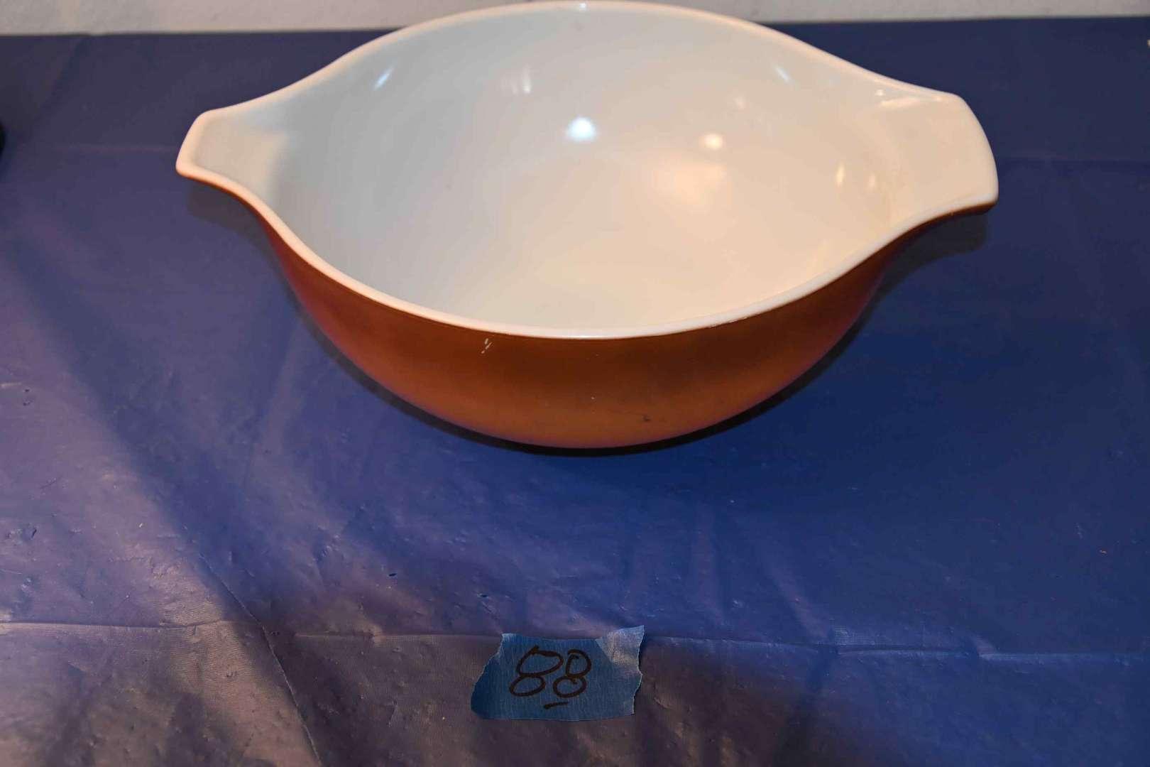 Lot # 88 PYREX brown double spout bowl