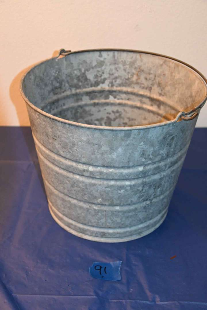 Lot # 91 Galvanized #14 bucket