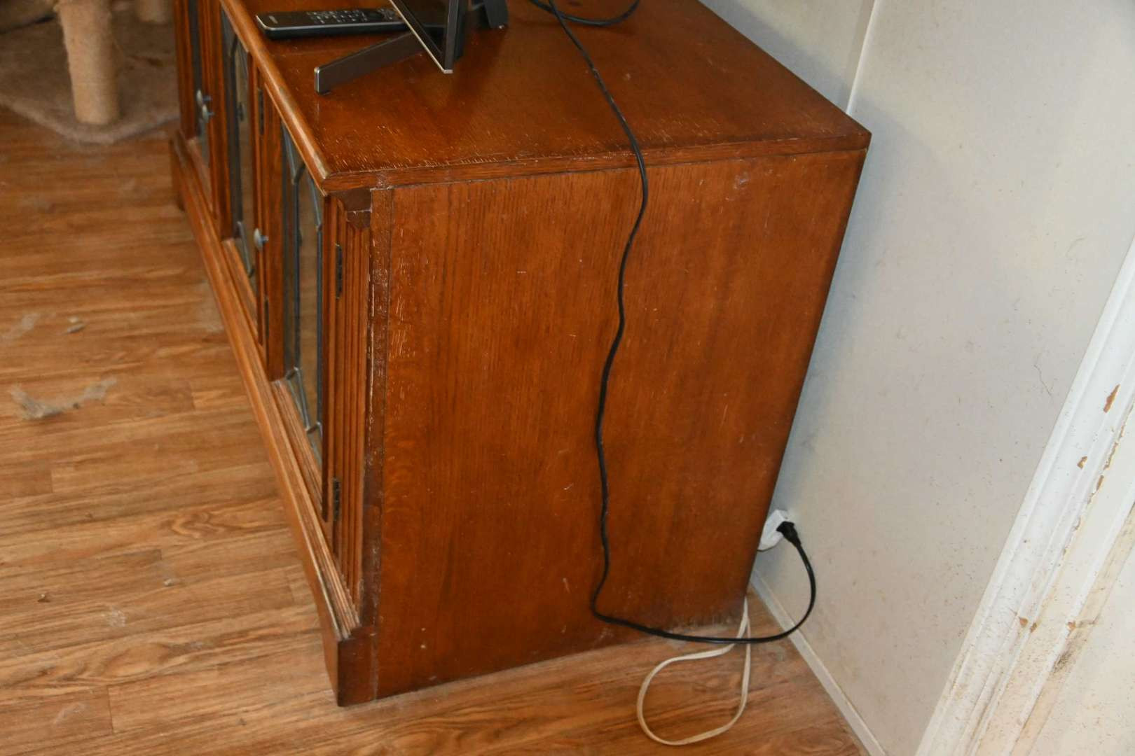 Lot # 137 Nice low TV stand cabinet