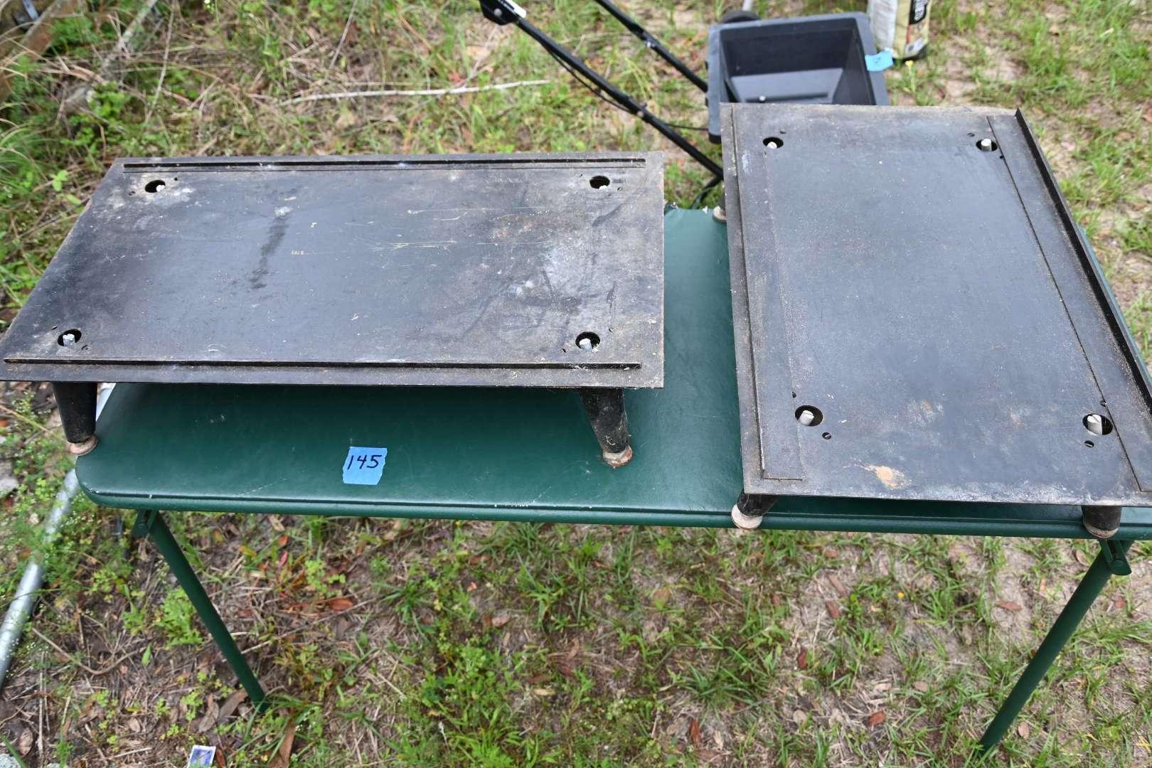 Lot # 145 Heavy metal adjustable leveling legs bases