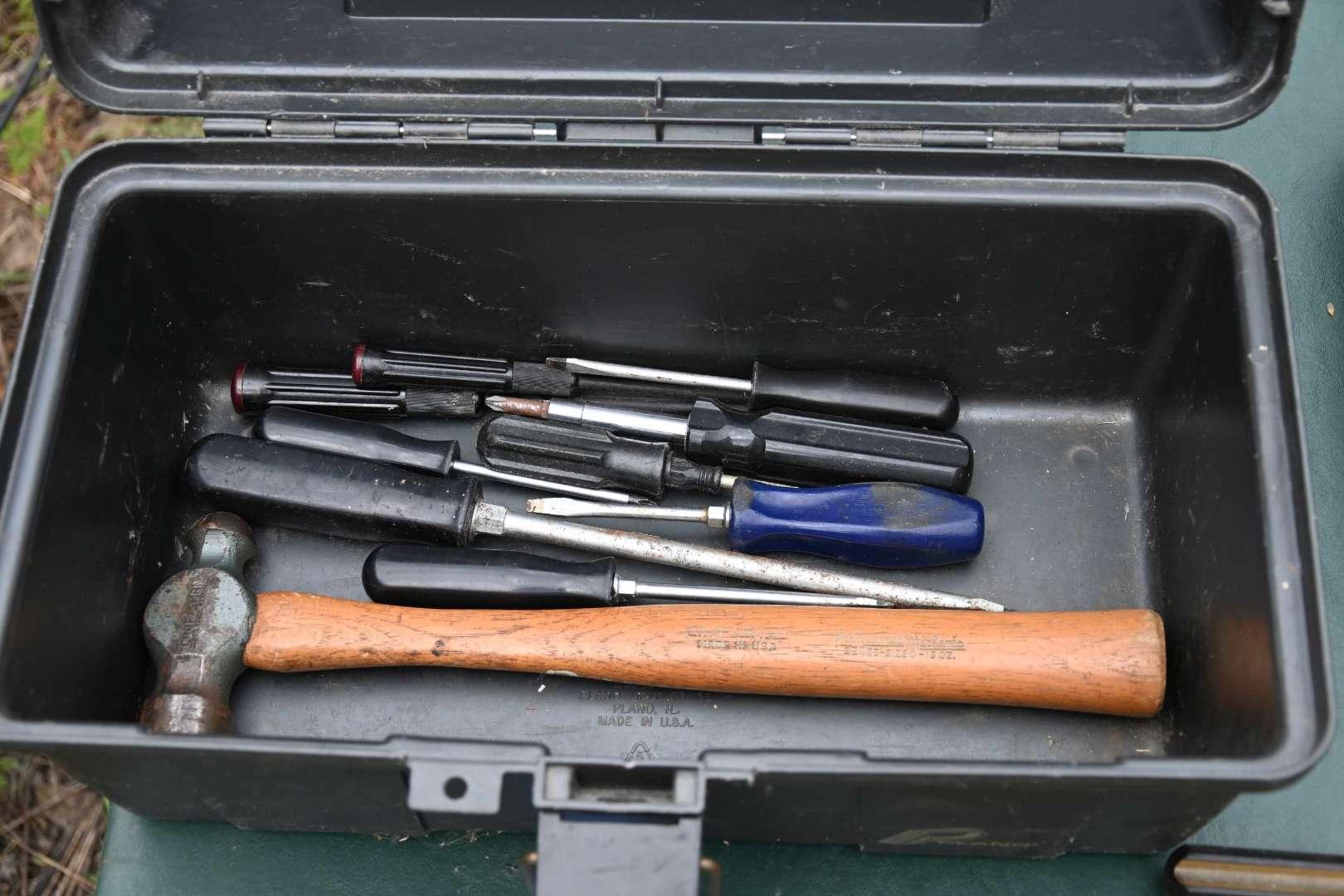Lot # 146 Toolbox and tools