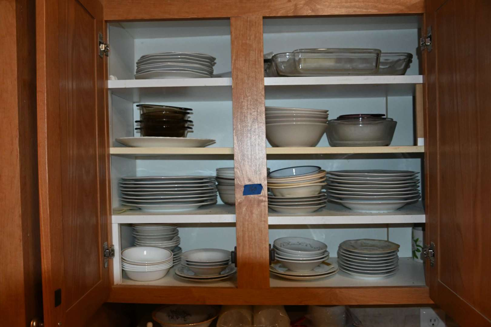 Lot # 160 Contents of uppper left kitchen cabinet