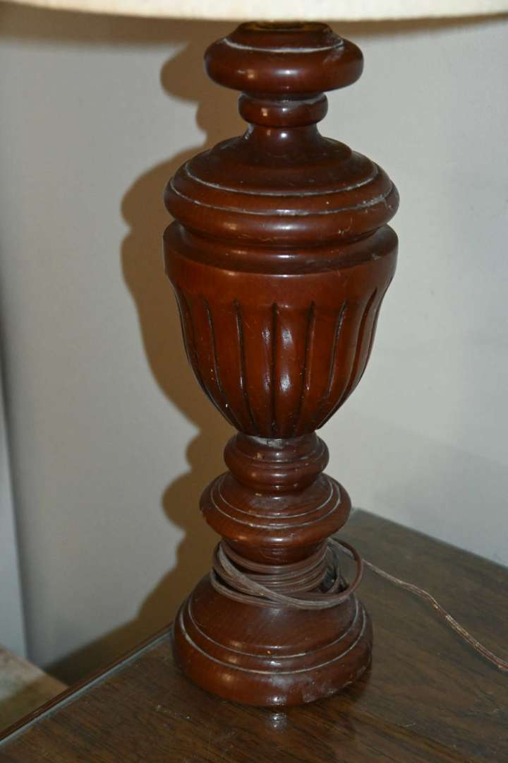 Lot # 170 Table top lamp