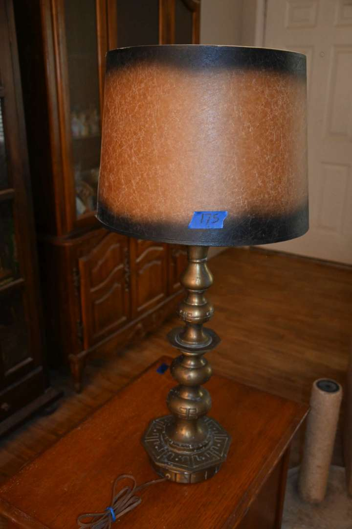 Lot # 175 Vintage brass table top lamp