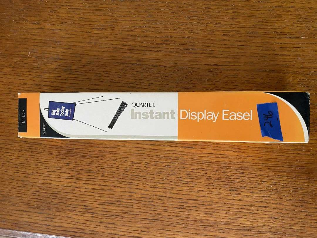 Lot # 246 INSTANT display easel