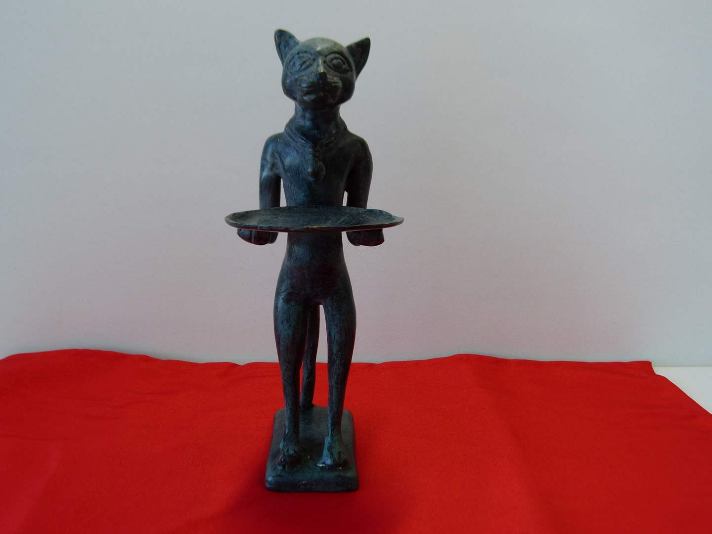Lot # 62  WOW cold painted bronze cat with serving tray,  great for business cards (great condition) (main image)