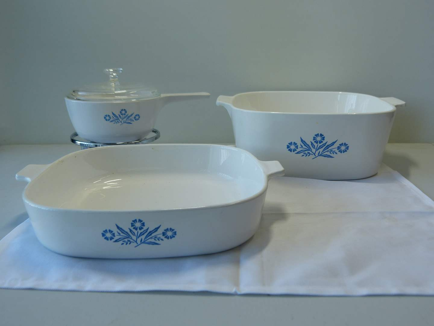 Lot # 65  Nice collection vintage Corning Ware (small one with burner) (main image)