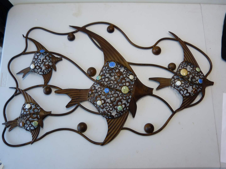 Lot # 99  Great light metal formed fish design wall decor (main image)