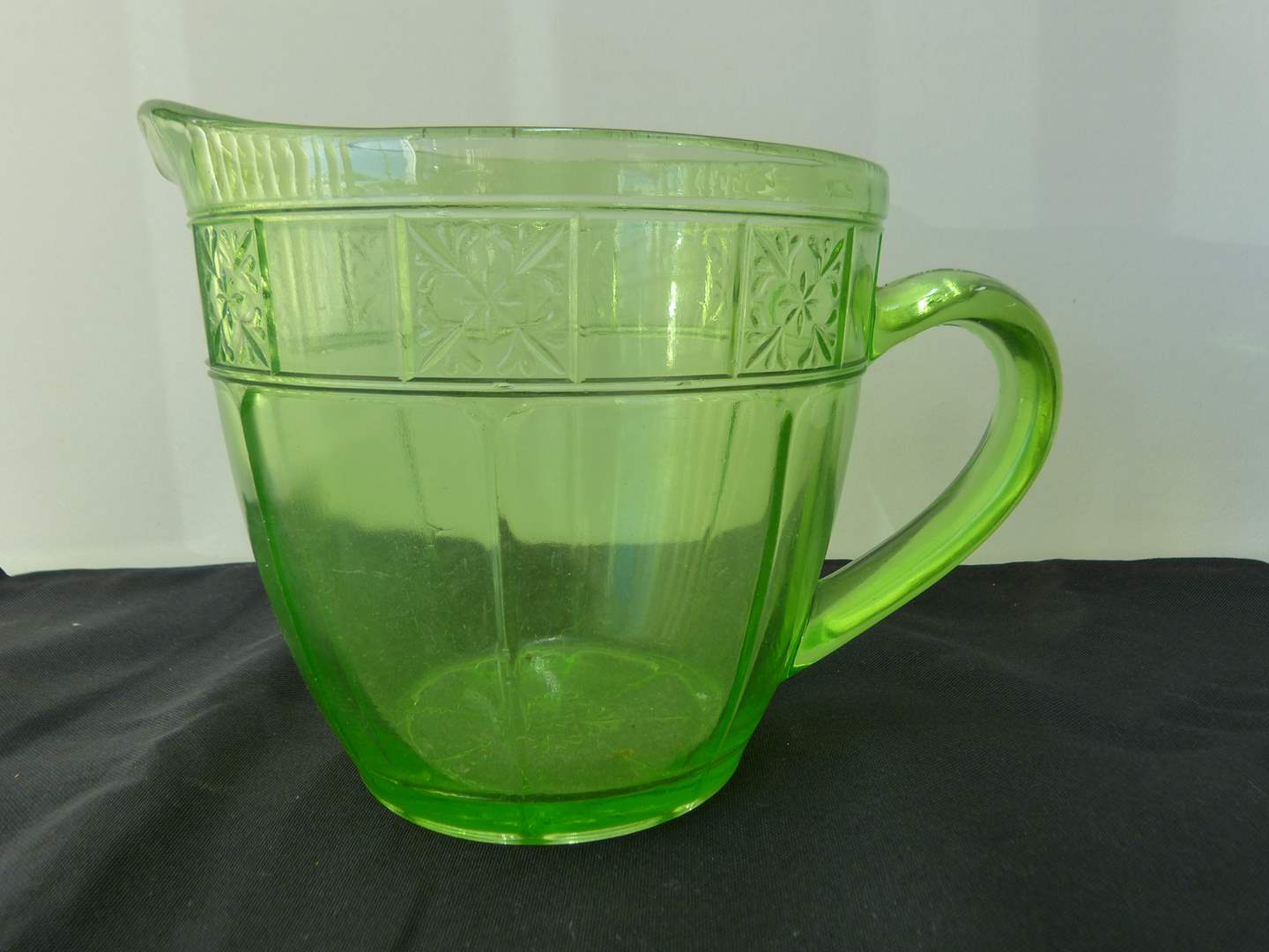 Lot # 116  Vintage green depression glass pitcher (this will light up uranium) (main image)