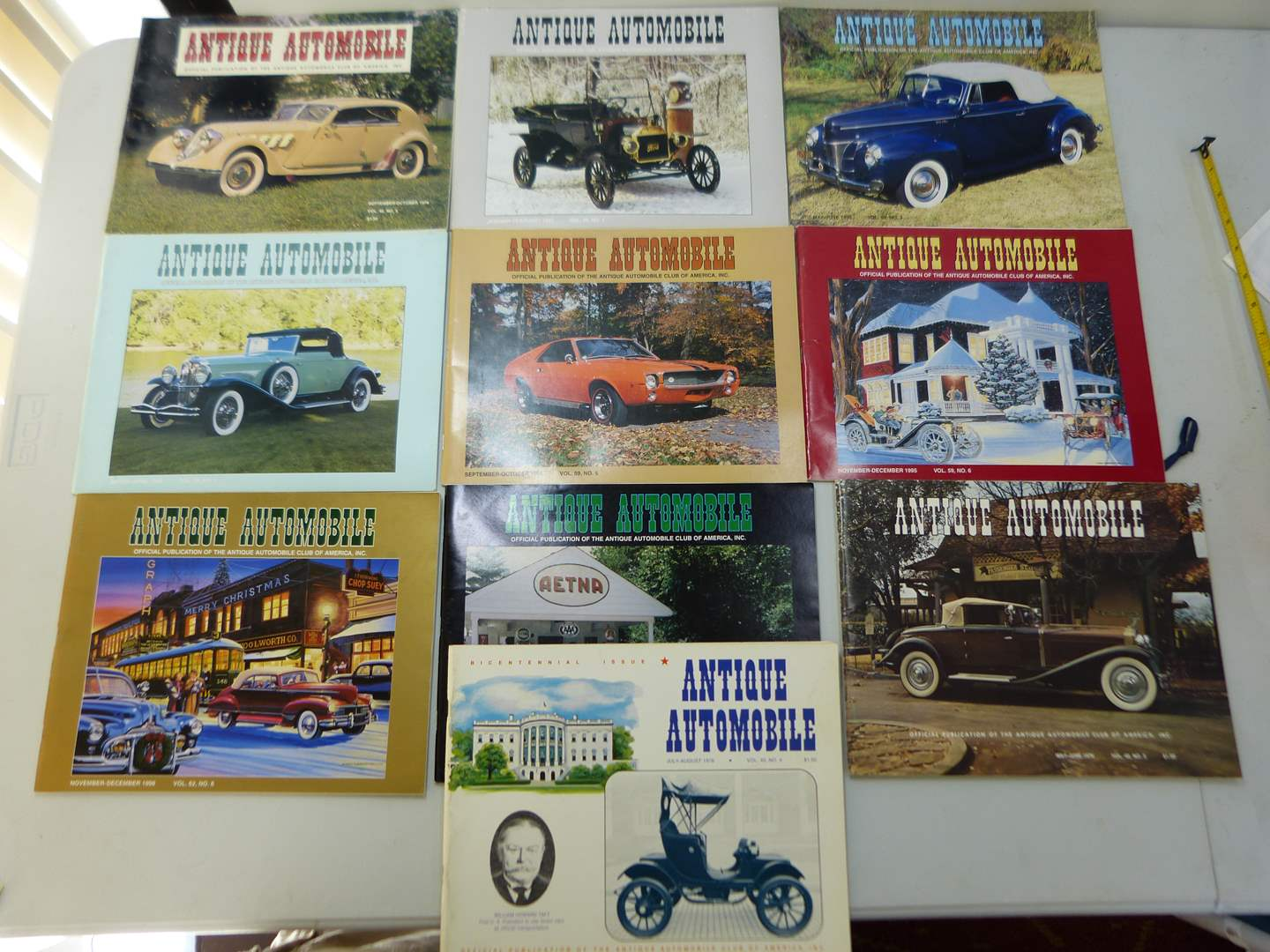 Lot # 153  Large lot of Antique Automotive magazines (various issues) GREAT condition (main image)